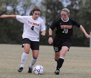 Alessandra Jansen controls the ball earlier this season. Photo by Richard Davis