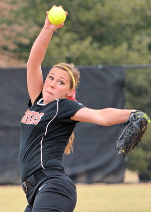 Jessica Claxton struck out 10 in 5-2 win. Photo by Richard Davis