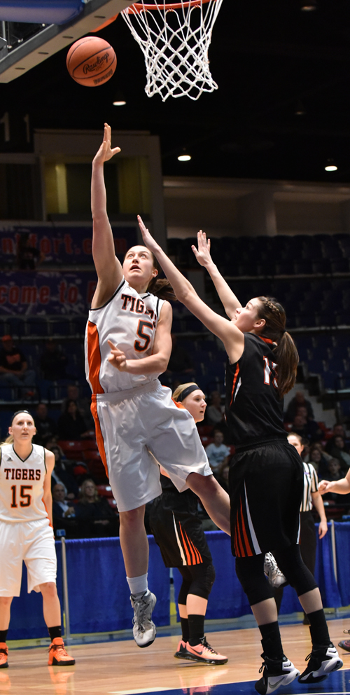 Emilie Ziese scores two of her 12 points Thursday. Photo by Richard Davis