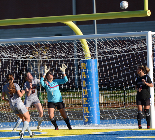 Tigers shot hits off cross bar early in first half. Photo by Richard Robards